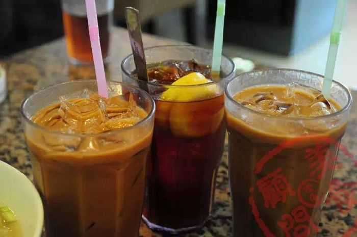 Which classic Hong Kong drink are you? Take this quiz and find out today!